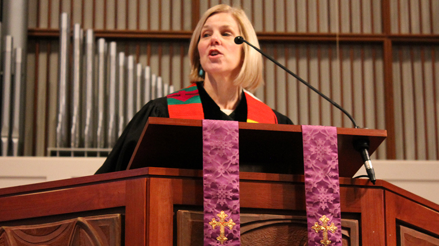 Rev. Jennifer Clark.jpg